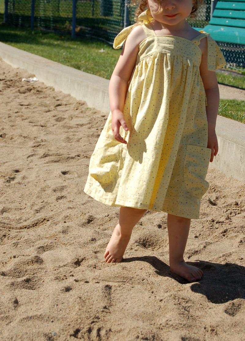 yellow dress01