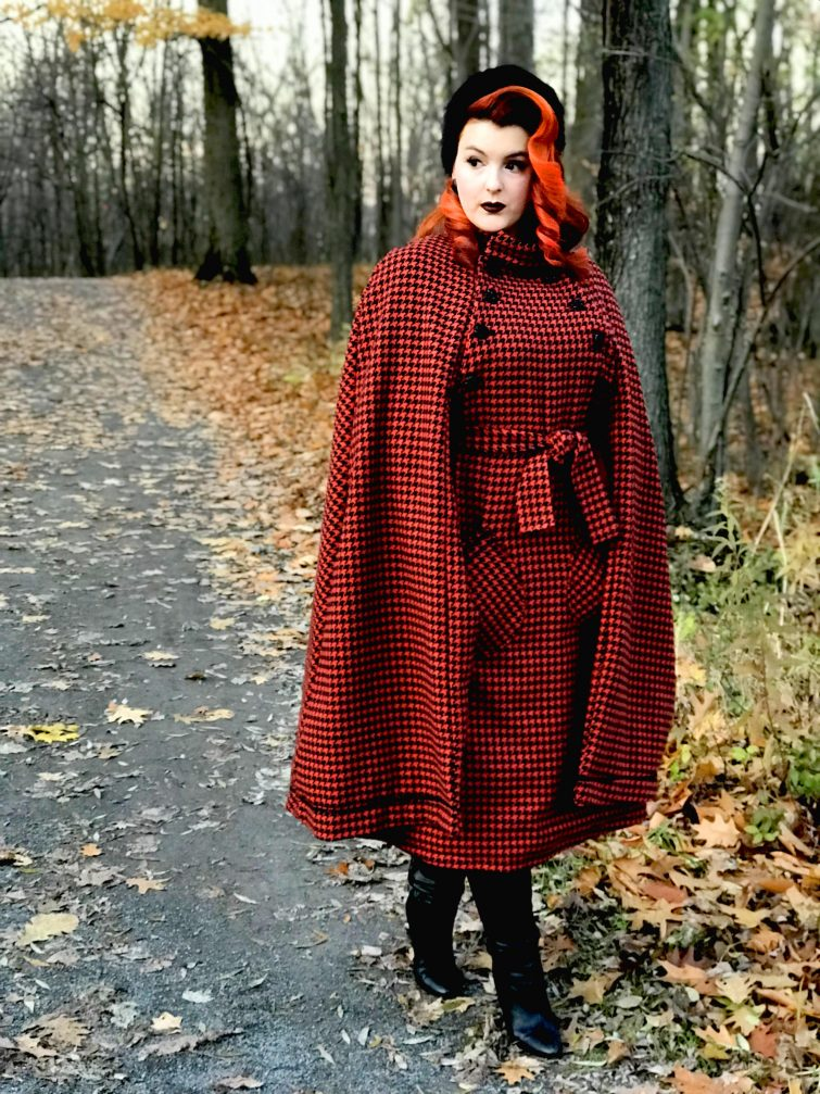 Vintage Style Cape Coat Extravaganza  Making Vogue V9288