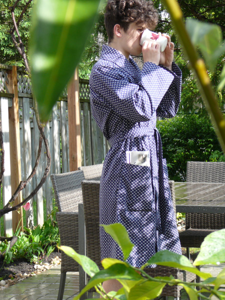 Light cotton bath robe perfect for a warm morning
